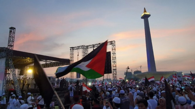 Bendera Palestina di Reuni 212