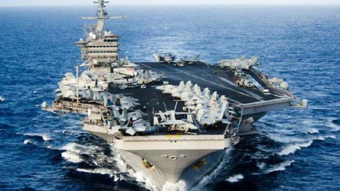 Kapal induk USS John C Stennis.