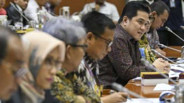Jajaran pimpinan BUMN mengikuti rapat dengan Komisi VI DPR.