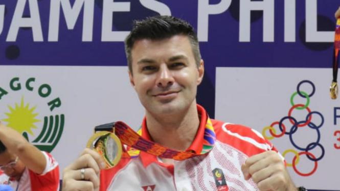 Pelatih timnas polo air putra Indonesia, Milos Sakovich