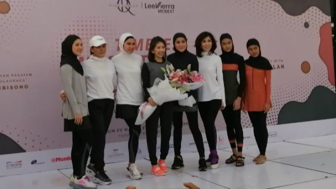 Muslim sportswear karya kolaborasi Olla Ramlan.