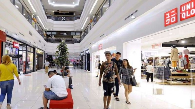 Ilustrasi pusat perbelanjaan atau mal.