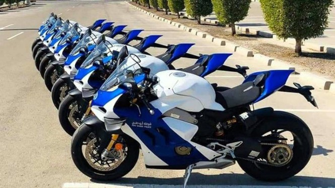 Ducati Panigale VR4 milik kepolisian Abu Dhabi