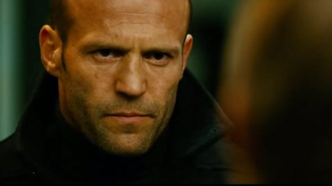Jason Statham di Film The Mechanic (2011)