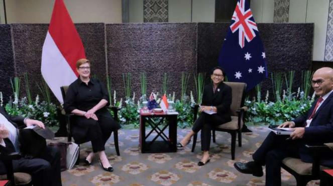 Menlu Retno Marsudi dan Menlu Australia Marise Payne
