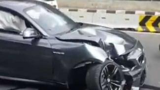 Ilustrasi kecelakaan mobil.