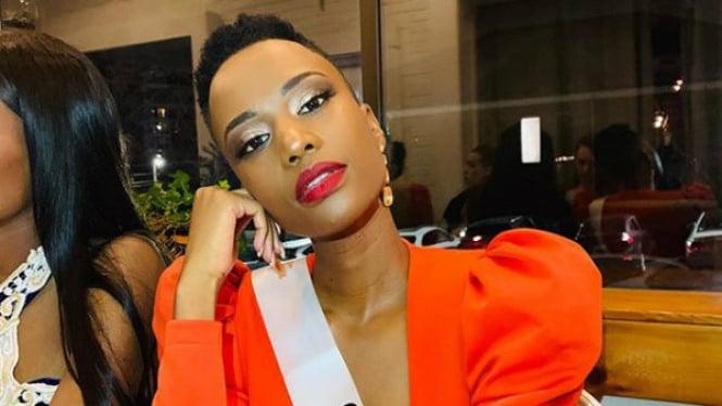 Zozibini Tunzi Miss Universe dari Afrika