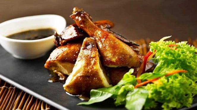 HALAL, Rasakan Hidangan Chinese New Year di Restoran Ini