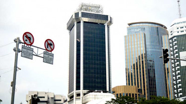 https://thumb.viva.co.id/media/frontend/thumbs3/2019/12/09/5dedf68bc1734-gedung-indosat-mh-thamrin_375_211.jpg