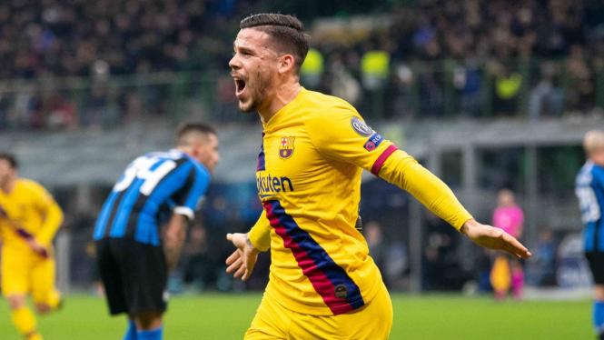 Penggawa Barcelona, Carles Perez cetak gol ke gawang Inter Milan