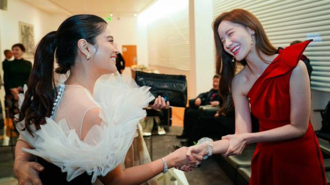 Dian Sastro dan Yoona SNSD