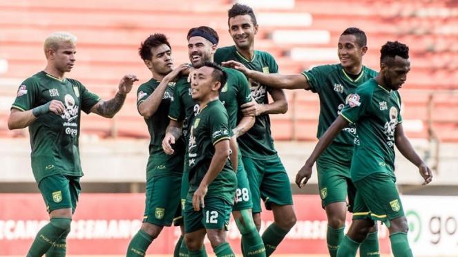 Selebrasi para pemain Persebaya Surabaya