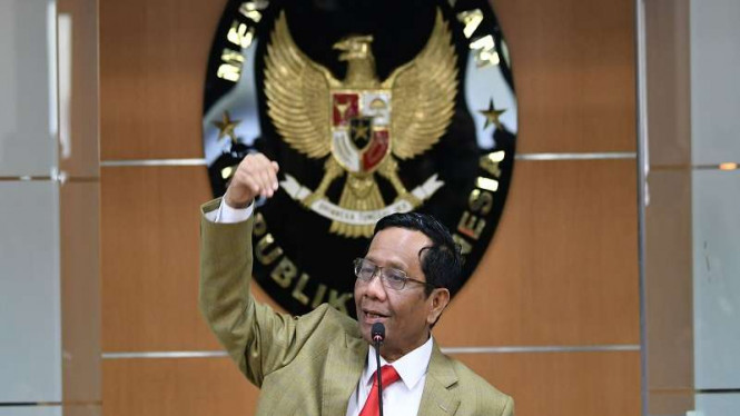Menko Polhukam Mahfud MD memberikan keterangan pers di Kemenko Polhukam, Jakarta