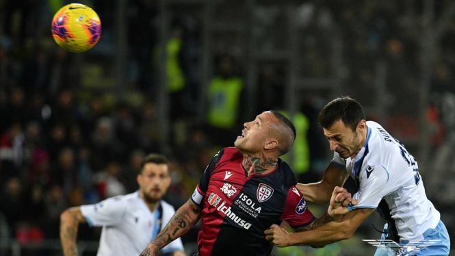 Menang Dramatis Atas Cagliari Lazio Pepet Juventus Dan Inter Milan Halaman 2