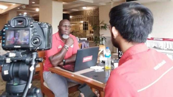 Pelatih Persipura Jayapura, Jacksen F Tiago, saat wawancara