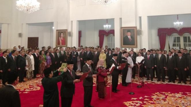 Pimpinan KPK periode 2019-2023 dilantik Presiden Jokowi di Istana Negara