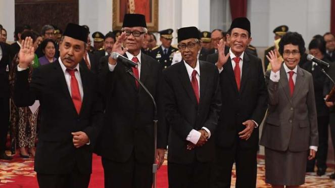 Dewan Pegawas KPK periode 2019-2023