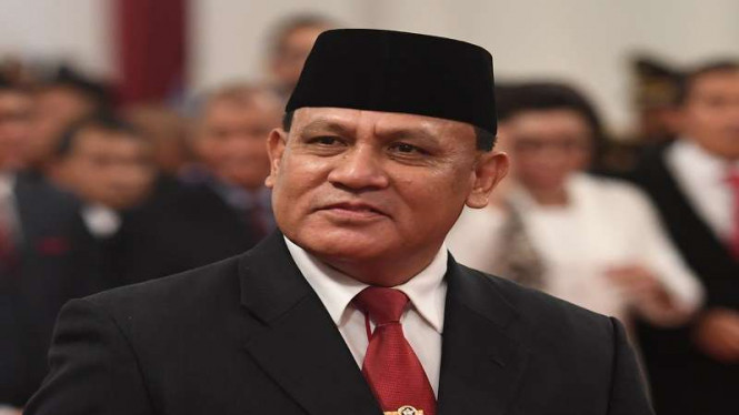 Ketua KPK, Firli Bahuri dilantik Presiden Jokowi.