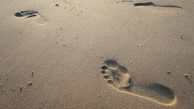 Ilustrasi berjalan kaki