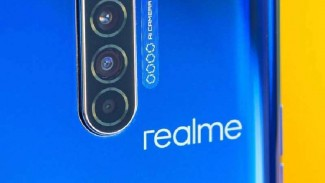 Realme X50.