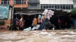 https://thumb.viva.co.id/media/frontend/thumbs3/2020/01/01/5e0c55dacda13-banjir-jakarta_151_85.jpg