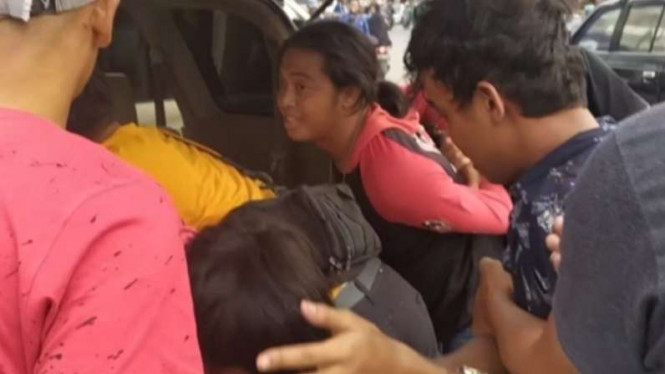 Ilustrasi preman ditangkap polisi