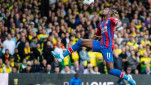 https://thumb.viva.co.id/media/frontend/thumbs3/2020/01/08/5e15b2db710fd-penyerang-crystal-palace-wilfried-zaha_151_85.jpg