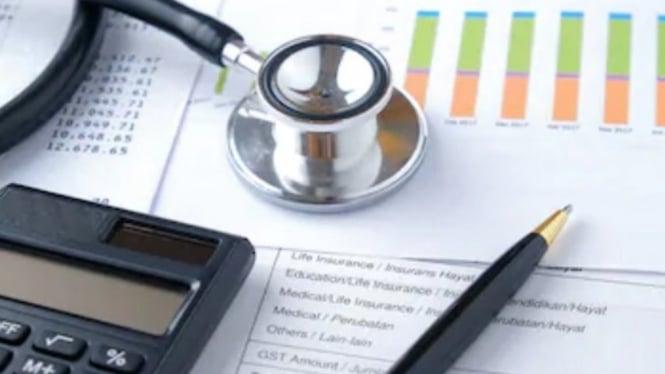 Ilustrasi perhitungan premi asuransi.