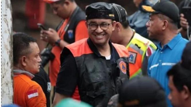 Gubernur DKI Jakarta Anies Baswedan kunjungi lokasi banjir.
