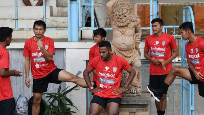 Sesi latihan Bali United