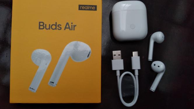 Realme Buds Air.