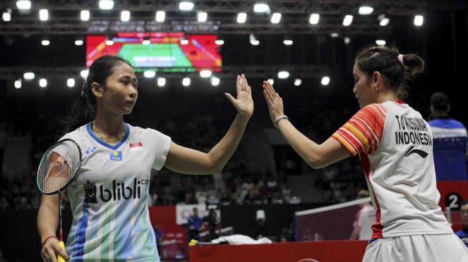 Ganda Putri Indonesia Ni Ketut Mahadewi Istarani/Tania Oktaviani Kusumah