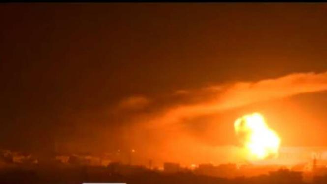 Sejumlah ledakan yang diduga berasal dari serangan udara militer Israel terjadi di Gaza, Palestina.