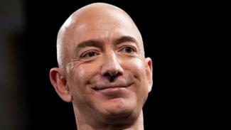 Jeff Bezos Pendiri Amazon.