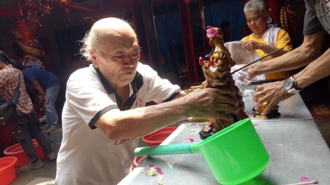 Vihara Dhanagun Bogor menyambut Imlek.