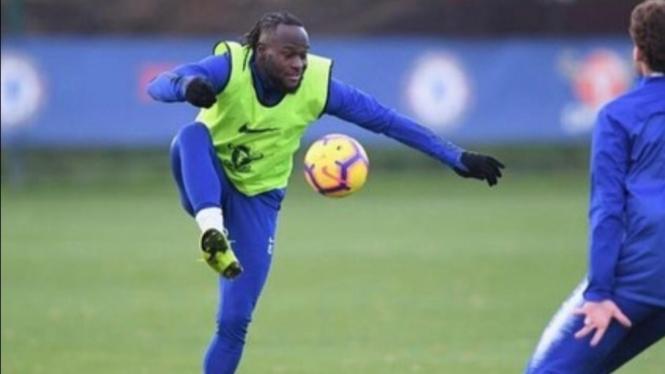 Gelandang Chelsea, Victor Moses.