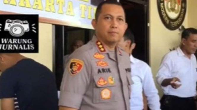 Kapolres Jakarta Timur Kombes Arie Ardian Rishadi merilis kasus begal bokong