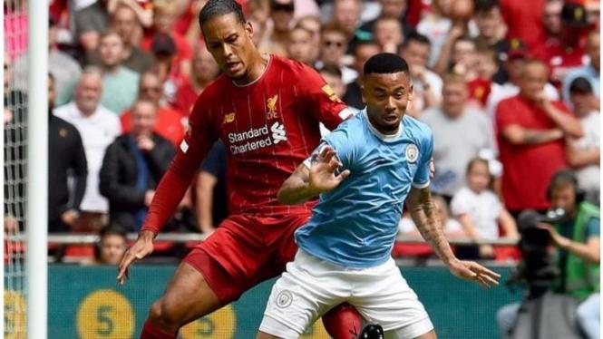 Pertandingan Liverpool vs Manchester City.