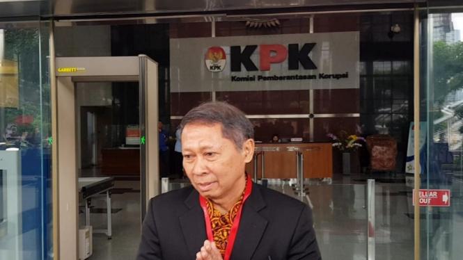 Mantan Dirut PT Pelindo II RJ Lino di KPK