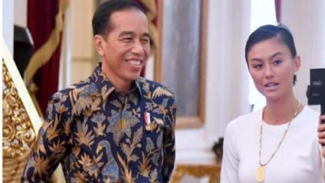 Agnez Mo bersama Presiden Jokowi