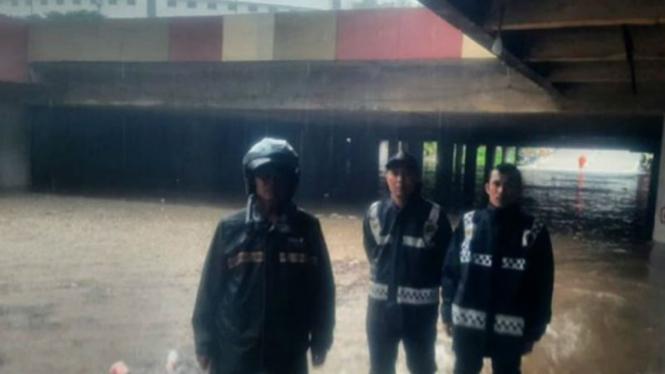 Banjir dua meter di Kemayoran