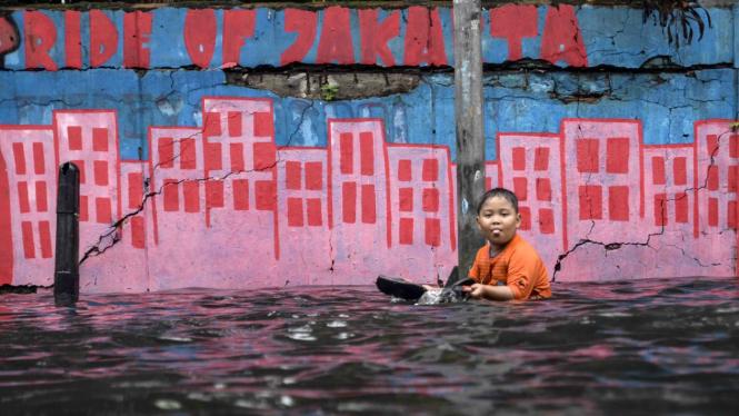 BMKG: Jakarta Siaga Banjir Hari Ini dan Besok