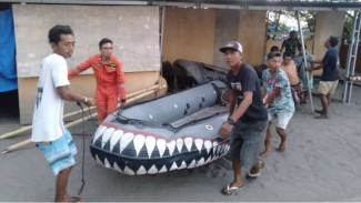 SAR dan warga cari turis Finlandia yang tenggelam di Lombok.