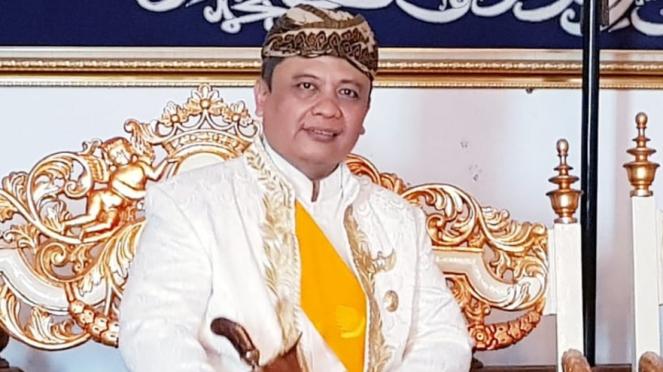 Ketua Umum FSKN, Sultan Sepuh XIV Cirebon, PRA.Arief Natadiningrat