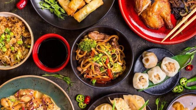 Ragam makanan pembawa keberuntungan khas imlek (Foto: chinesenewyear.net)