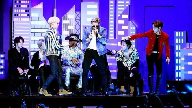 BTS saat tampil di Grammy Awards 2020