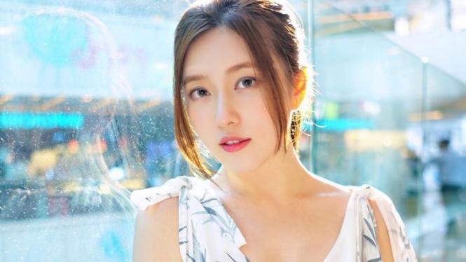 Model Hong Kong Annabella Woo.