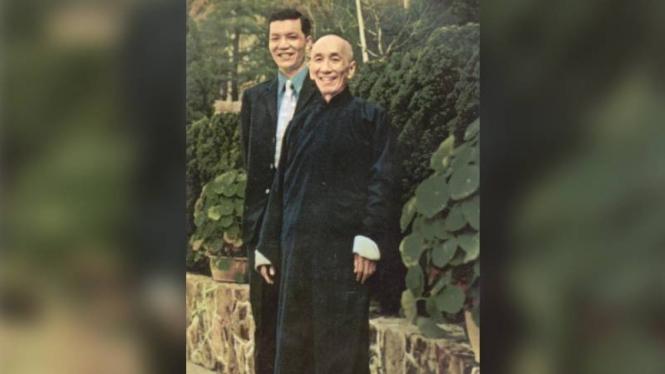 Ip Ching bersama ayahnya.
