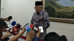https://thumb.viva.co.id/media/frontend/thumbs3/2020/01/29/5e31592223b8a-wakil-presiden-maruf-amin_151_85.jpg