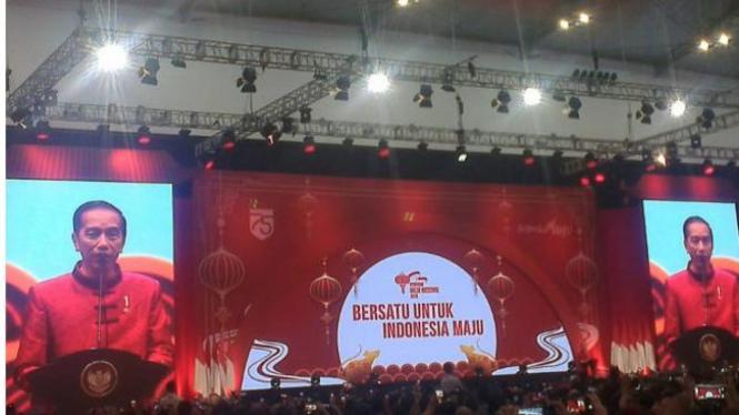 Jokowi dalam Perayaan Imlek Nasional 2020 di Indonesia Convention Exhibition (ICE) BSD, Tangerang, Banten
